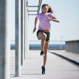 M-09_18AW_RT_Running_Alexandra-Wester_Speed-Racer_Wn-8867_RGB
